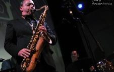 Alex Garnett (UK) & Balázs József Trio