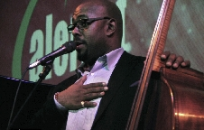 CHRISTIAN MCBRIDE TRIO (USA)