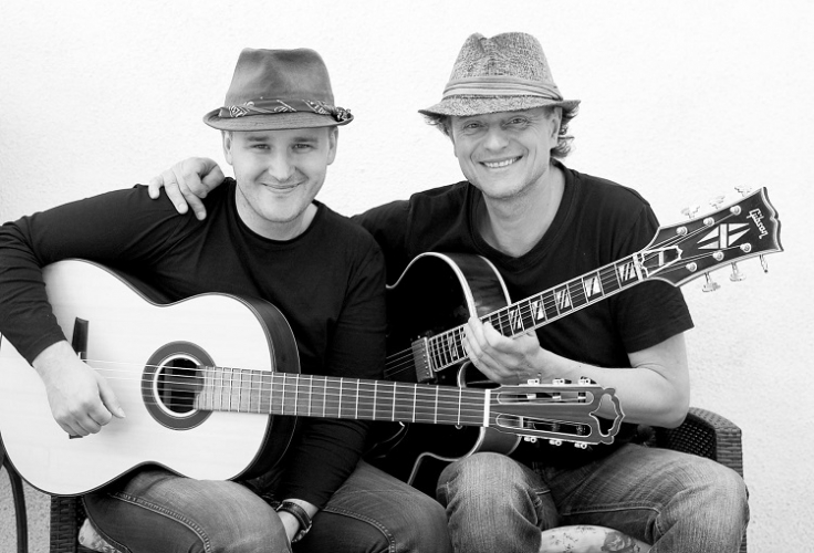 Gyárfás István & Gyémánt Bálint Duo - Guitar Duel